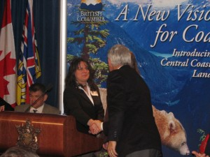 Premier Campbell congratulating the Sierra Club's Lisa Matthaus for her contributions to the Great Bear Rainforest agreement in 2006